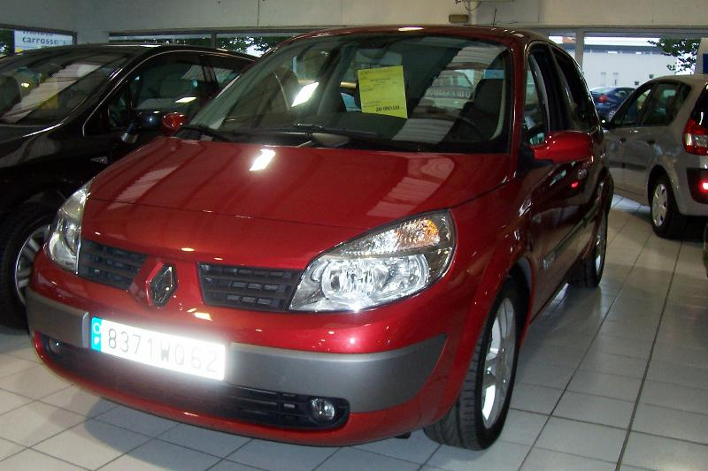 Renault - Scenic 1,9 dci 120 Exception